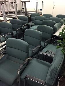 Kantoorstoelen reinigen kan gemakkelijk bij u op kantoor for Kantoorstoelen